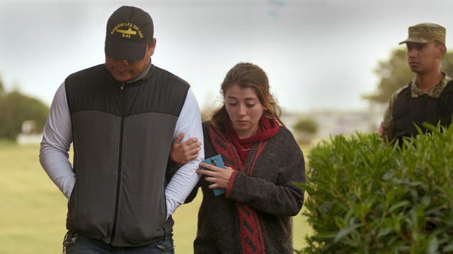 Los familiares de los tripulantes exhibieron su dolor en Mar del Plata al conocerse la novedad