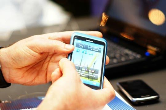 Nokia. La llegada del N8, con la renovada edición de Symbian, es un apoyo al histórico sistema operativo, mientras espera la llegada de MeeGo. Foto: AP