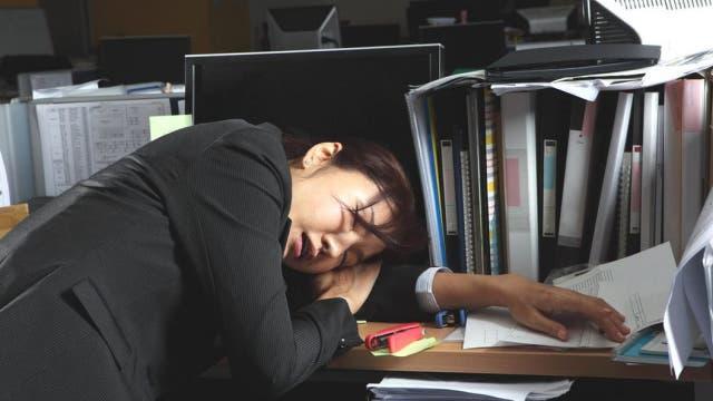 El exceso de horas extraordinarias es considerado un problema de salud pública en Japón