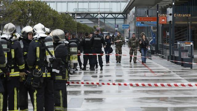 El gobierno francés anunció la apertura de una investigación por terrorismo