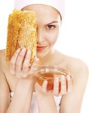 ¿Por qué conviene elegir productos con miel para la piel de la cara y el pelo?