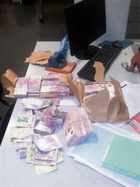 El acusado tenía el dinero en su oficina