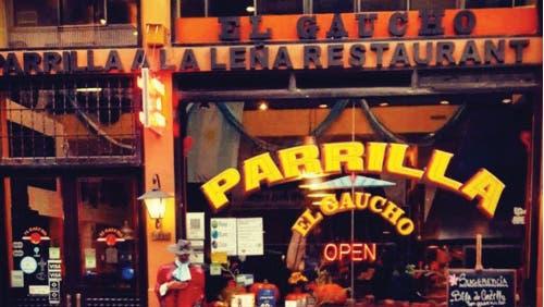 Si este mediodía estás antojado de asado, El Gaucho de Lavalle es la parrilla para vos