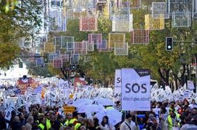 Los manifestantes por el centro de Madrid hoy