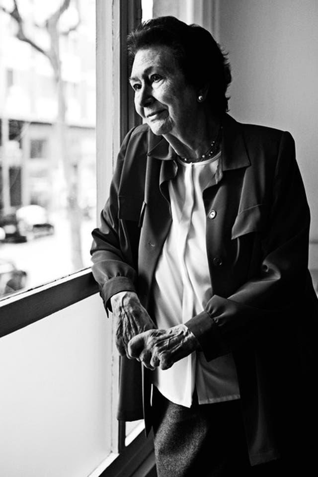 A los 92 años, la química Ana María Lajusticia mantiene intacta su vitalidad