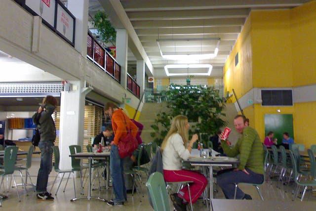 La universidad de Oulu, construida hace ocho años