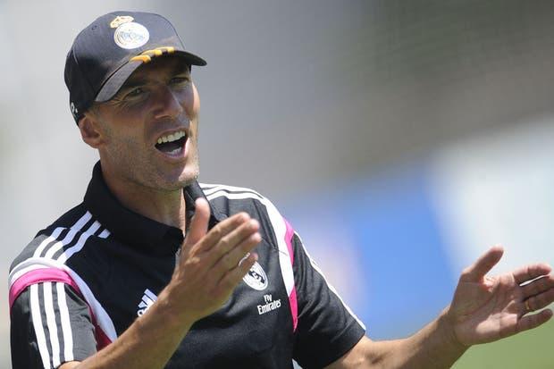 Zidane, suspendido por tres meses