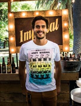 Juan Marconi en el stand de la Dolfina invitado por cerveza Imperial.