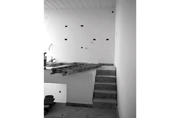 Antes: El espacio de la cocina no existía, se construyó completamente a nuevo sobre el sector del estudio..