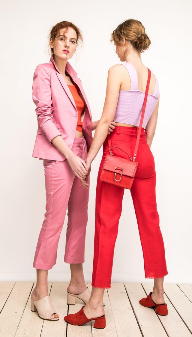 Rosa + rojo, la dupla de color del verano 18