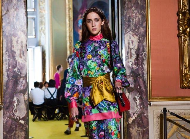 El desfile maximalista de Gucci Resort 2018