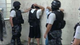 Integrantes de Los Monos fueron trasladados a Neuquén desde el penal de Ezeiza