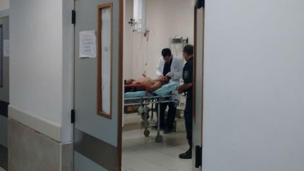 Futbolista recibe herida de bala de goma en Argentina