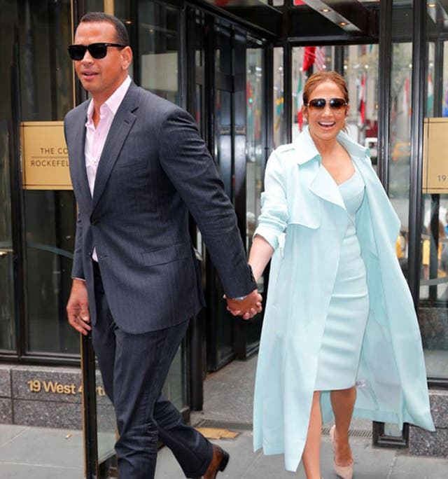 Jennifer Lopez junto a su nuevo novio, la estrella del beisbol Alex Rodriguez
