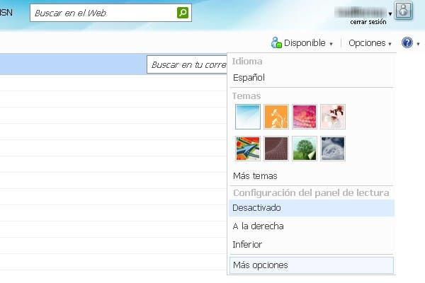 El acceso a las opciones de configuración de Hotmail se encuentra en la parte superior derecha del cuadro de navegación