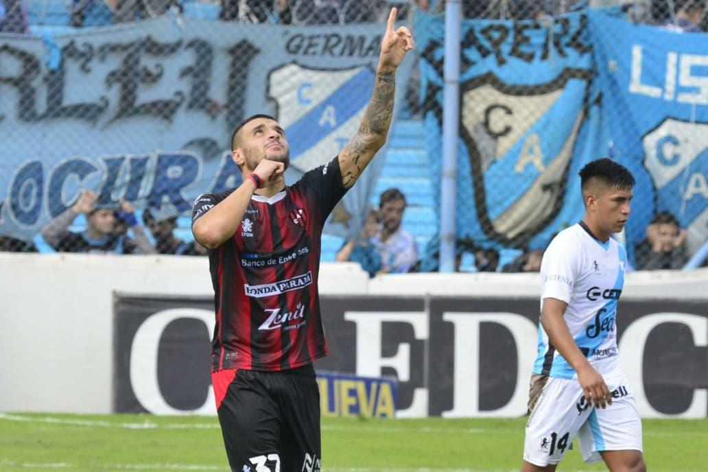 Con dos goles de Ribas, Patronato derrotó a Temperley