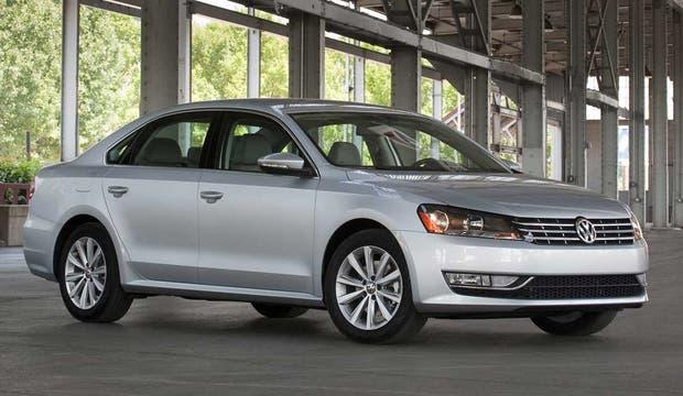 Todo un referente. El nuevo Volkswagen Passat hace su debut en la muestra.