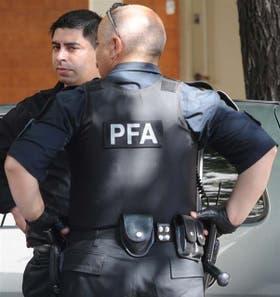 Chalecos de protección balística usados por la PFA