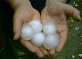 El temporal de lluvias, viento y granizo afectó a varias localidades de Santiago del Estero