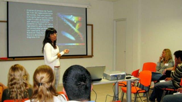 Yamila Miguel trabaja para la NASA en el Observatorio de la Costa Azul de Francia