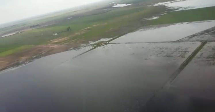 Hay muchas zonas agrícolas bajo el agua en la pampa húmeda.