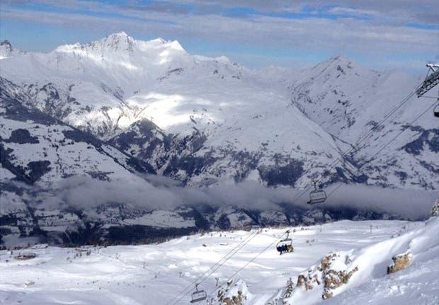 Los Alpes franceses: pocos esquiadores saben del problema de contaminación en algunos valles.