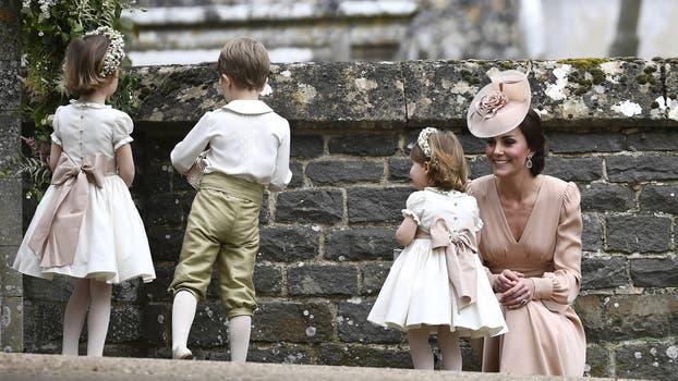 Kate Middleton y su hija Carlota, de dos años. Foto: AP / Justin Tallis