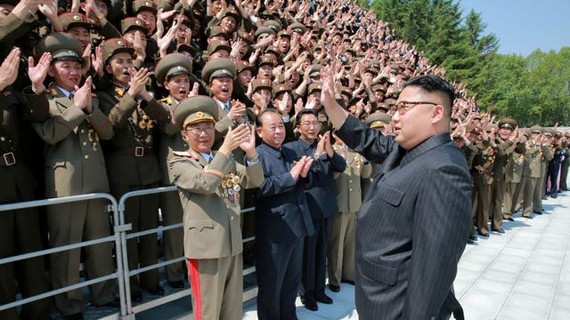 Kim Jong-un lanzó un nuevo misil en medio de la gira internacional de Trump