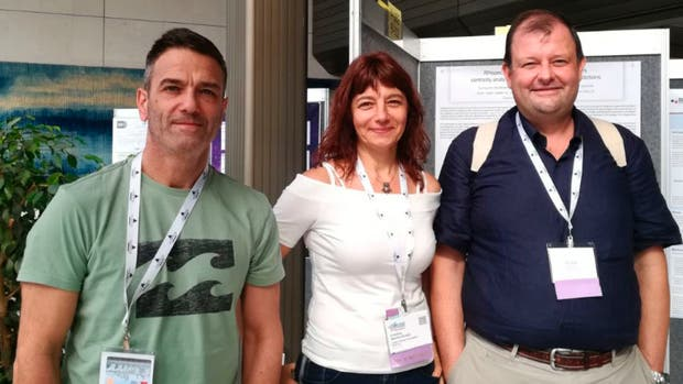Gustavo Parisi, de la Universidad Nacional de Quilmes, Cristina Marino-Buslje, del Instituto Leloir, y Silvio Tosatto, de la Universidad de Padua.