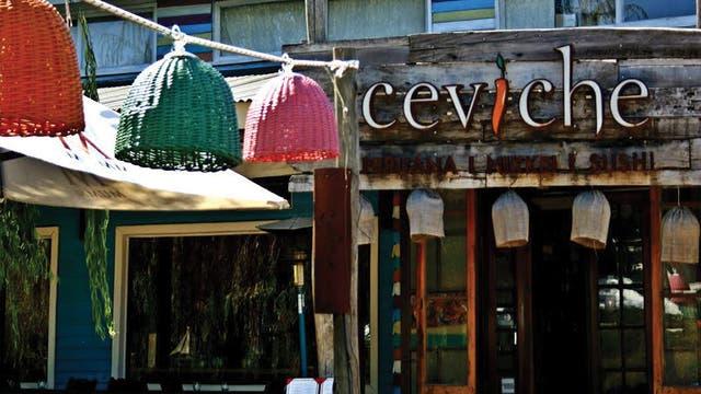 Bajo el manto peruano-nikkei, la cocina de Ceviche busca sumar sabores del mundo