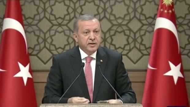 El presidente turco, Recep Tayyip Erdogan, continúa con la purga tras el intento de golpe de Estado y ataca a Occidente