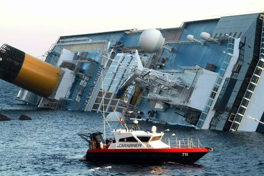 El barco Costa Concordia realizaba un crucero de una semana por el Mediterráneo. Foto: AP