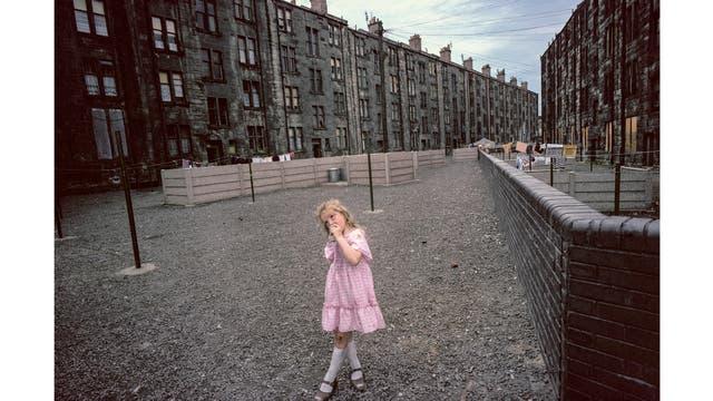 Una imagen tomada en Glasgow en 1980 que integra la muestra en Buenos Aires