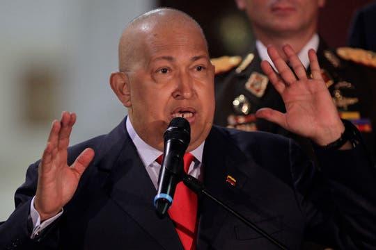 """""""Estoy muy bien"""", dijo Chávez después de una reunión con María Emma Mejía, secretaria general de la Unasur en agosto de 2011. Foto: Archivo"""