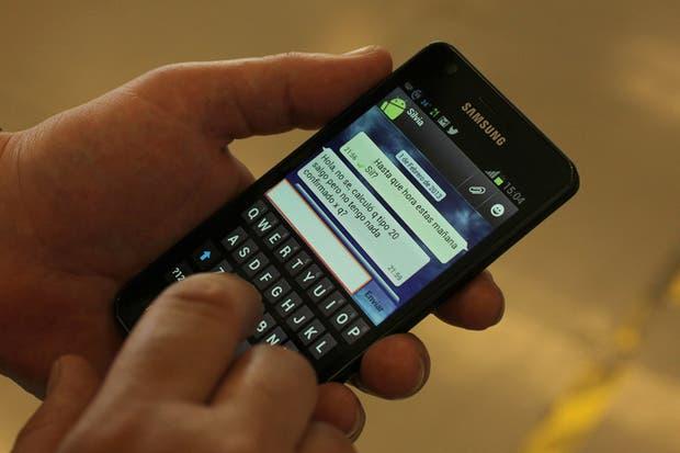 Los mensajes de chat superaron en volumen a los de texto