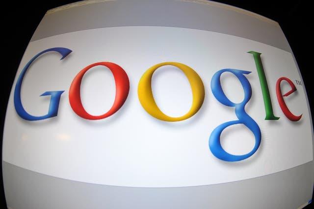 Google, creado por los estadounidenses Larry Page y Serge Brain hace casi 20 años, indexa más de un billón de páginas web