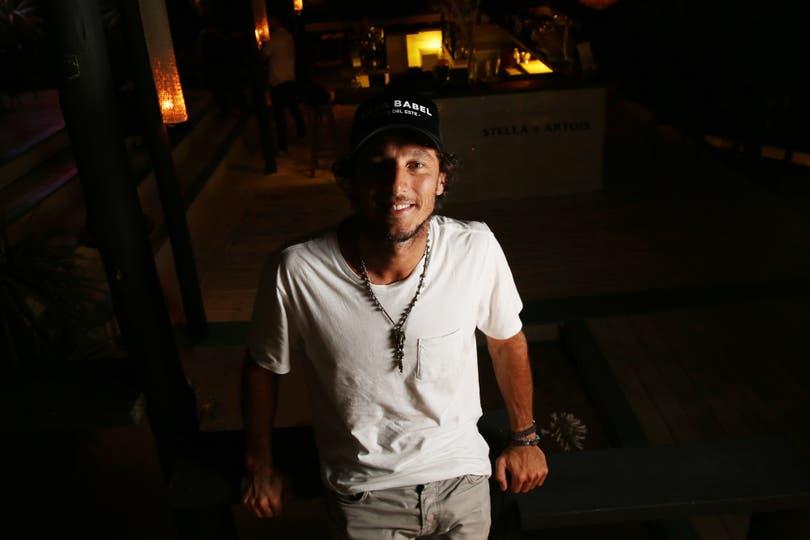 """El ex tenista dice que está """"contento de haber tomado la decisión"""" de alejarse de las canchas; su nueva vida y sus planes en una entrevista con LA NACION en Casa Babel, el bar que abrió en Punta del Este"""