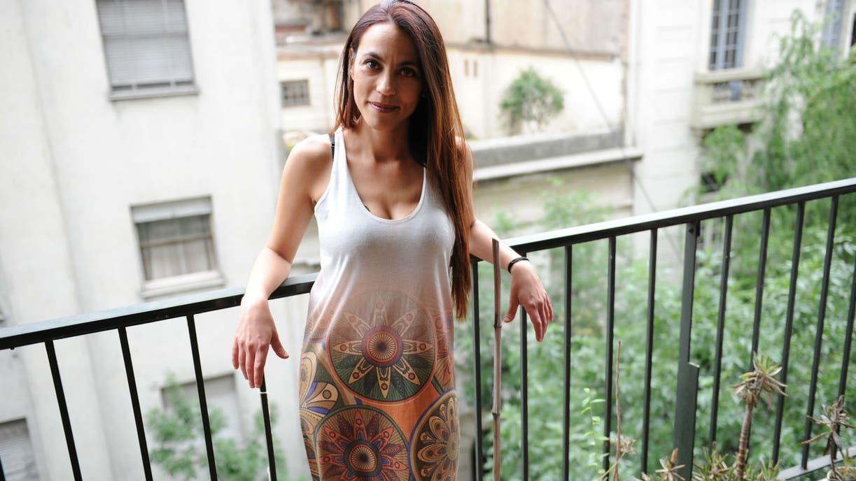 Sabrina Mateos aprovecha la feria judicial para volver al teatro con su comedia Trasbordada, un amor para toda la vida