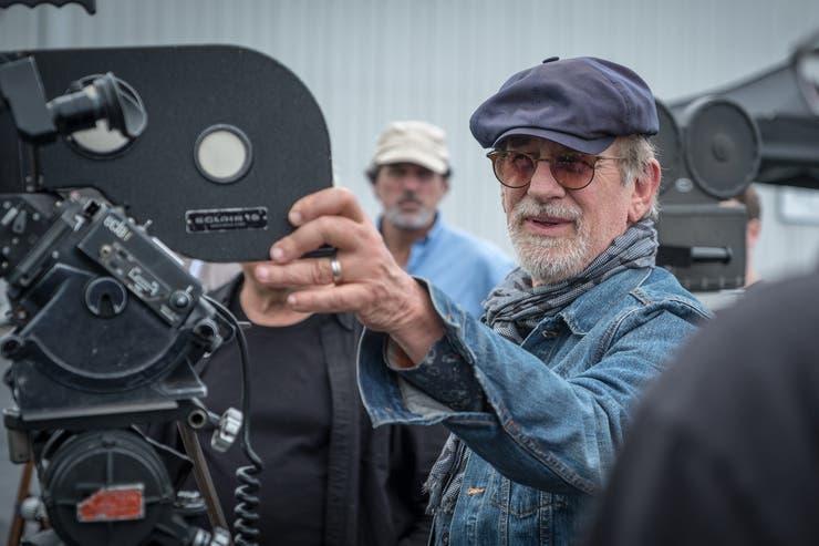Steven Spielberg rodando The Post, que llega el jueves a las salas locales tras haber sido nominada al Oscar a mejor película
