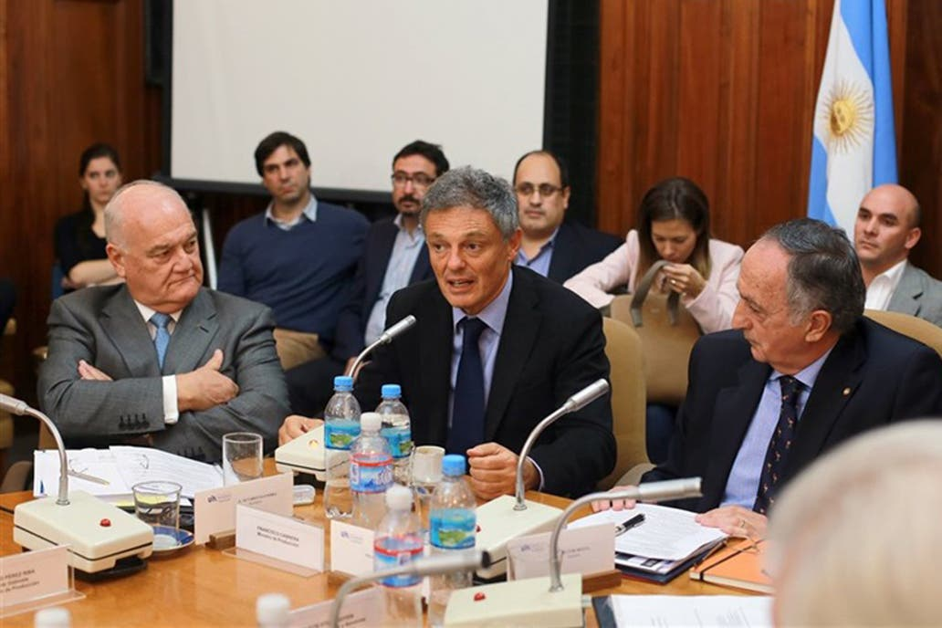 Empresarios y gobierno argentino se reunieron para bajar los ánimos