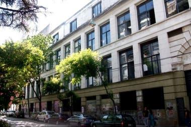 En la Facultad de Filosofía y Letras de la UBA se rinde el examen CEI