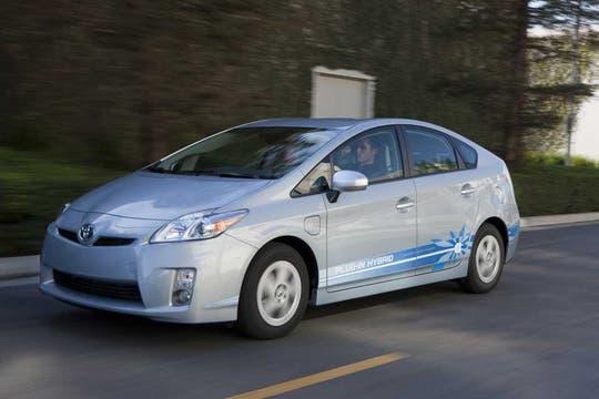 Toyota presenta la última generación del Prius, el híbrido más vendido en todo el mundo.