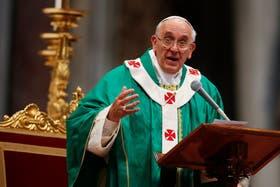 Francisco busca más transparencia en la Santa Sede