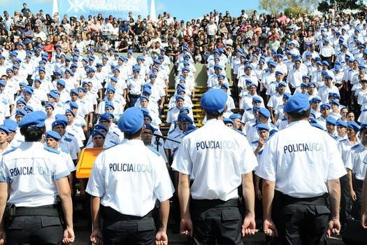 Resultado de imagen para policia de la provincia de buenos aires