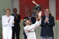 Bajo la lluvia, Lewis Hamilton se quedó con el Gran Premio de Mónaco de Fórmula 1