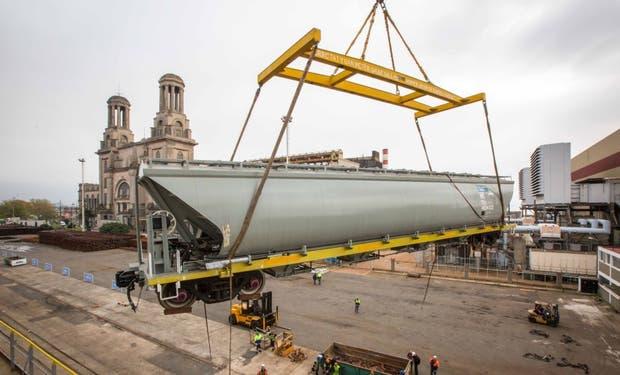 Los nuevos vagones para el tren de carga