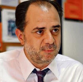 """""""El locutorio es la plaza pública del siglo XXI"""", dice Luis Alberto Quevedo"""