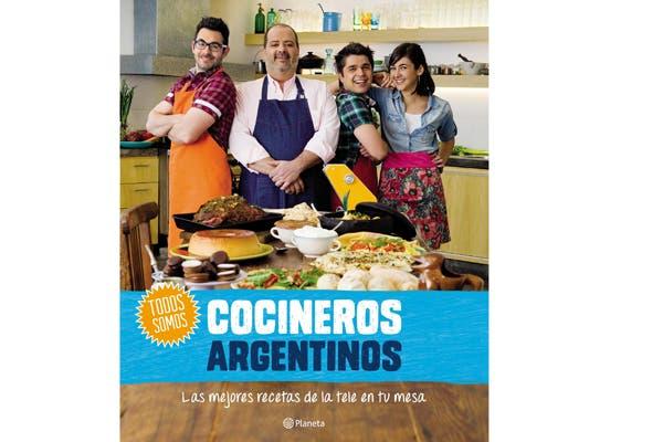 Para los amantes de la cocina este libro es ideal para practicar nuevas recetas (Cocineros Argentinos, $149).