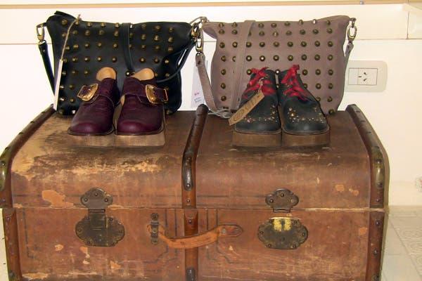 No te podés perder las carteras y los zapatos de esta tienda. ¡Son realmente divinos!. Foto: Romina Salusso