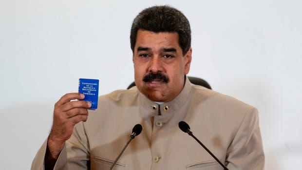 Maduro convocó a una Asamblea Nacional Constituyente